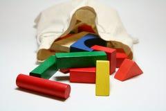 Bloques de madera del niño imagen de archivo