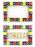 Bloques de madera que aprenden números del ABC de los juguetes Imágenes de archivo libres de regalías