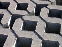 Bloques huecos concretos del zigzag Imagen de archivo libre de regalías
