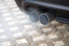 blowsavgasrör Arkivfoto