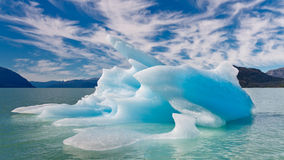 blått isberg Royaltyfri Fotografi