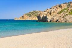 Blåttlagun av den Vai stranden på Crete Arkivbild