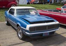 1968 blu Chevy Camaro Immagini Stock