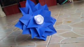 Blu dei fiori di carta Immagine Stock