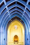 Blu e giallo in chiesa Fotografia Stock