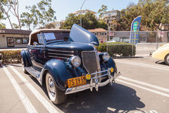 Blu navy Ford Roadster 1936 fotografia stock libera da diritti
