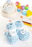 Blue baby shoes Stock Photography