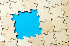 Blue background made from jigsaw puzzle Royalty Free Stock Photography
