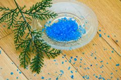 Blue bath salt. For relaxation and aromatherapy Royalty Free Stock Photos