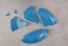 Blue broken plate Royalty Free Stock Photos