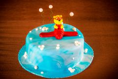Cake decorated with plane and bear Royalty Free Stock Photos