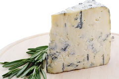 Blue cheese on catting board Royalty Free Stock Photography