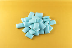 Blue chewing gum Royalty Free Stock Photography