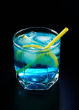 Blue cocktail with lemon Royalty Free Stock Photos