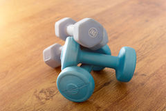 Free Blue Dumb-bells On A Floor Royalty Free Stock Image - 96087426