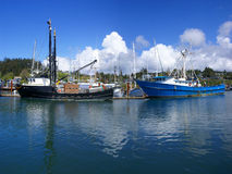 Blue fishing trawlers and other boats, Royalty Free Stock Photos