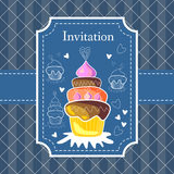 Blue invitation card with tasty cupcake. Royalty Free Stock Photography
