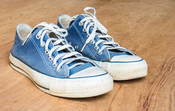 Blue jean sneaker Stock Photography