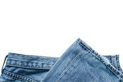 Blue Jeans auf weißem Hintergrund Stockbilder