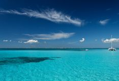 Blue Lagoon. Blue caribbean water on a sand bank Royalty Free Stock Photos
