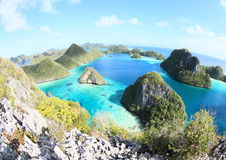 Blue lagoon in Wayag Royalty Free Stock Images