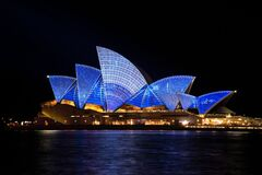 Blue Lighted Sydney Opera House during Nighttime Royalty Free Stock Photos