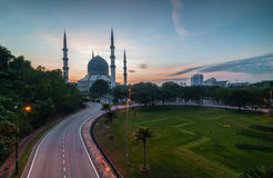 Blue mosque sunrise. Blue mosque or Sultan Slahuddin Abdul Aziz shah Mosque located shah alam, selangor, malaysia, asia royalty free stock image