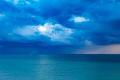 Blue Ocean With Cloudy Sky Royalty Free Stock Image