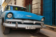 Blue old american taxi in Havana Royalty Free Stock Photography