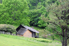 Blue Ridge Parkway abode. Old wooden house on Blue Ridge Parkway stock images