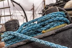 Blue Rope on Black Panel during Daytime Royalty Free Stock Images