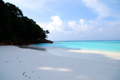 Blue Sea and white sand Royalty Free Stock Photography