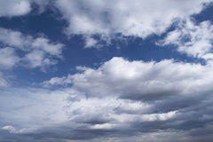 Blue sky. And bright clouds Royalty Free Stock Photos