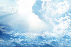 Blue sky background with tiny clouds Royalty Free Stock Photos
