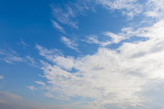 Blue sky. Background with tiny clouds Royalty Free Stock Photos