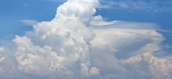 Blue sky background with white clouds Royalty Free Stock Images