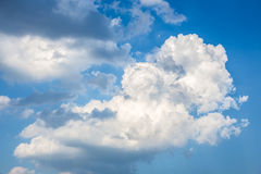 Blue sky with big cloud Royalty Free Stock Photography