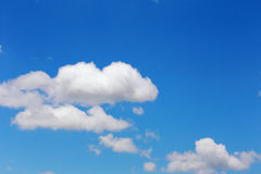 Blue sky with cloud background Royalty Free Stock Photography