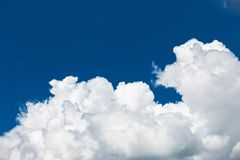 Blue sky with cloud. Sunny day Royalty Free Stock Photos