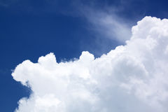 Blue sky with cloud closeup Royalty Free Stock Photos