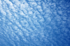 Blue sky with cloud pattern Royalty Free Stock Photos