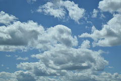 Blue sky with clouds in Illinois. This Illinois sky can be used for background or overlay Royalty Free Stock Photos