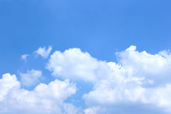 Blue sky and cumulus Royalty Free Stock Photos