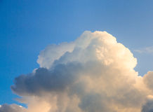 Blue Sky and dark puffy clouds Royalty Free Stock Photos