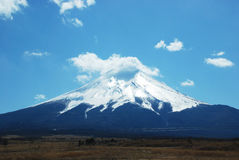 Blue sky and the Mount Fuji Royalty Free Stock Photography