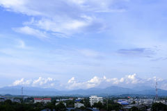 Blue sky and mountain line Royalty Free Stock Photography