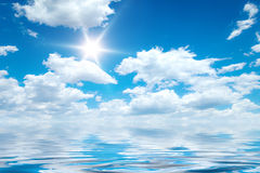 Blue sky ocean Royalty Free Stock Photos