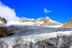 Blue sky snow mountains with glacier Stock Photography