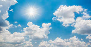 Blue sky and sun Royalty Free Stock Photos