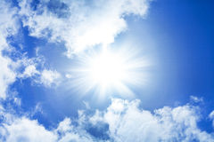 Free Blue Sky With Sun, Sunbeams And Fragmented Clouds. Royalty Free Stock Image - 26444776